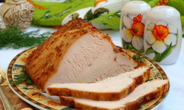 Como prepara la receta de Filete de pavo al horno en salsa de crema agria y mostaza